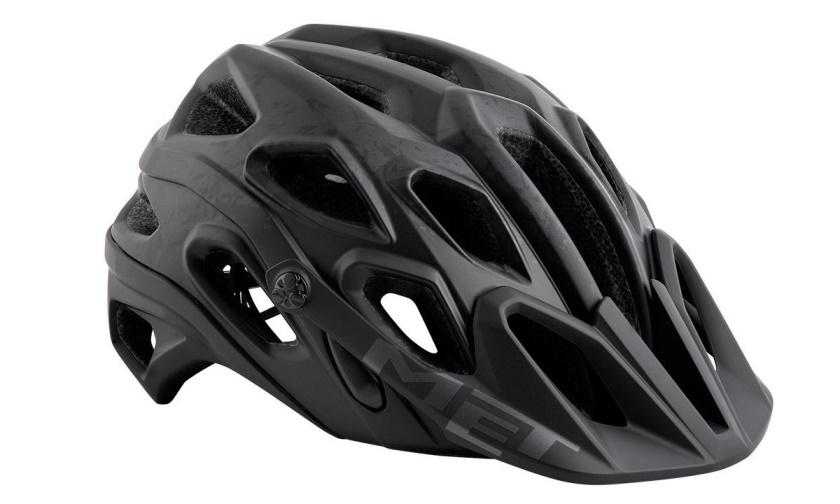 MET - helma LUPO černá/textura matná