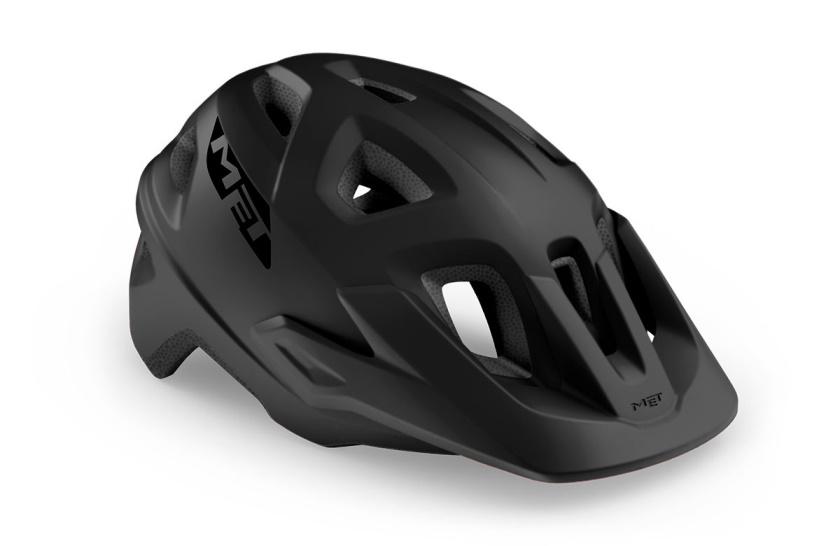 MET - helma ECHO černá matná